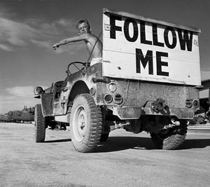 Jeep_follow_me