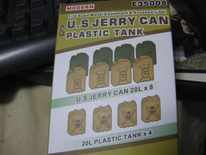 Jerrycan_025