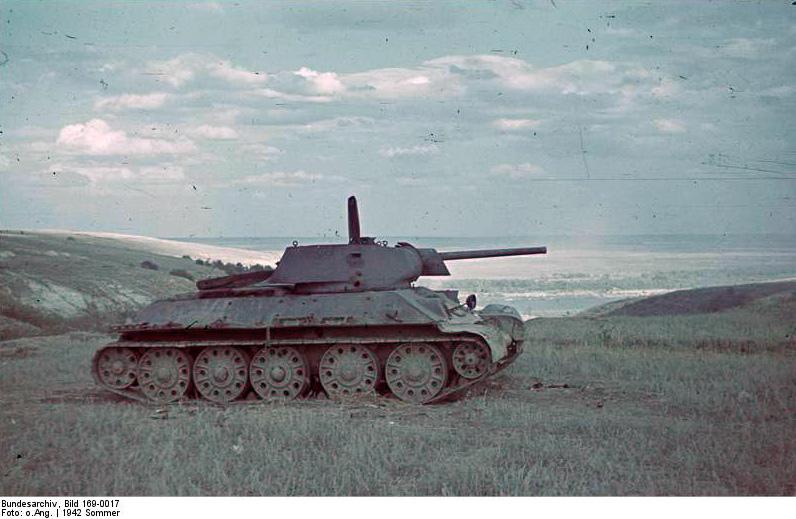 Bundesarchiv_bild_16900172c_sowjeti