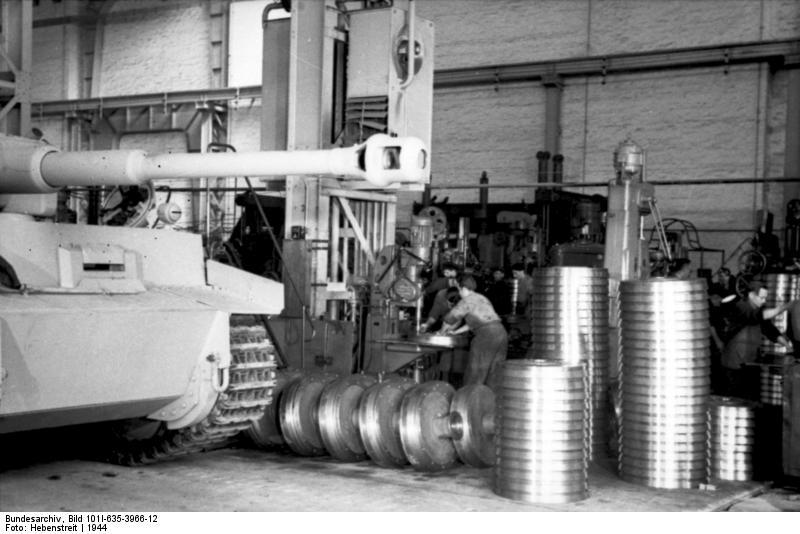 Bundesarchiv_bild_101i6353966122c_p
